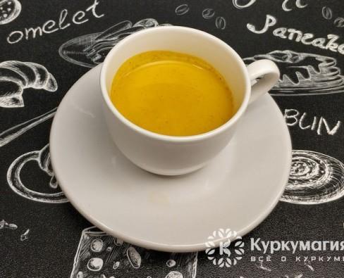 Почему кофе с куркумой полезнее других напитков?